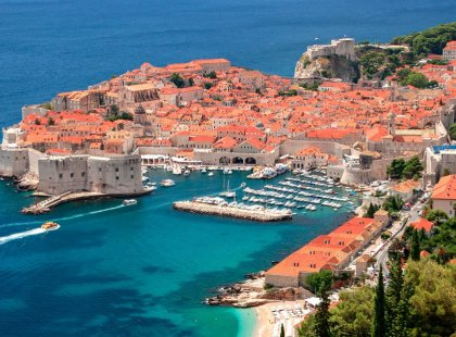 Situated on the Dalmatian coast, centuries-old Dubrovnik is a wonder of Gothic, Renaissance and Baroque churches, monasteries, palaces and fountains.